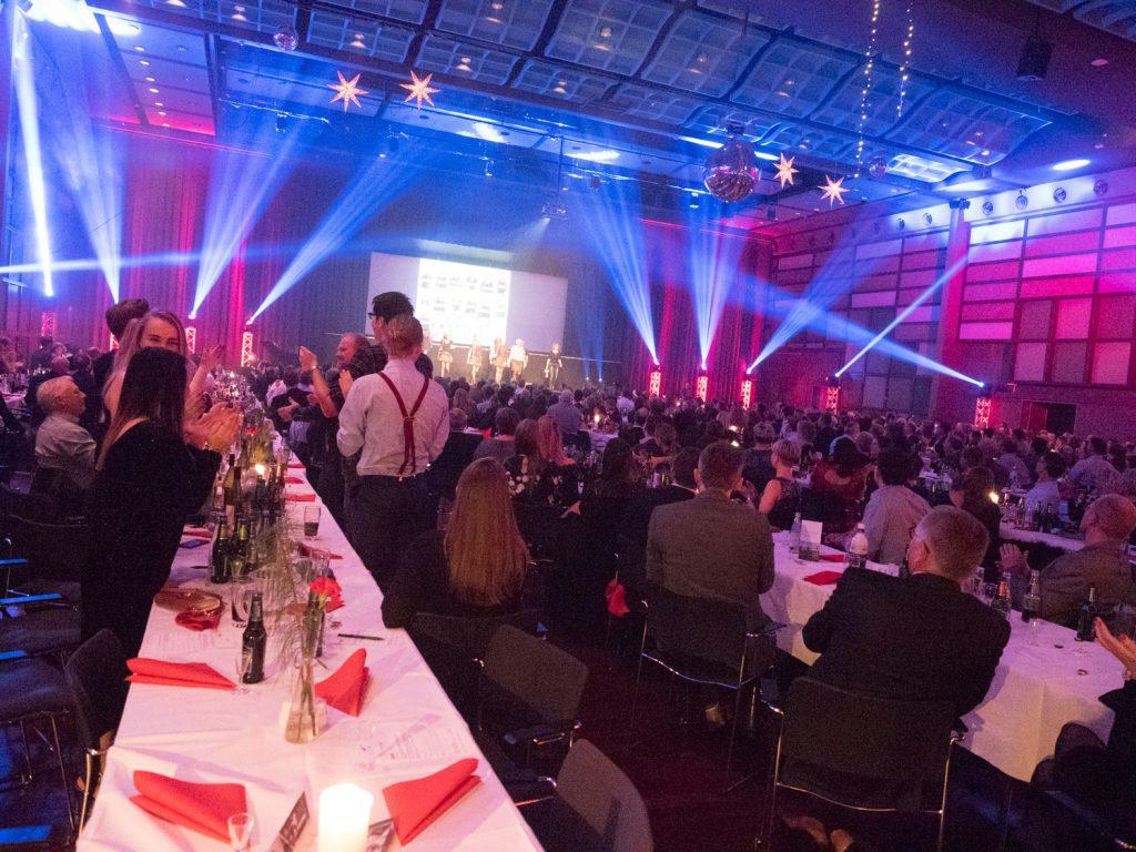Totalleverandør af lyd- og lysproduktion til firma events - Invero.dk
